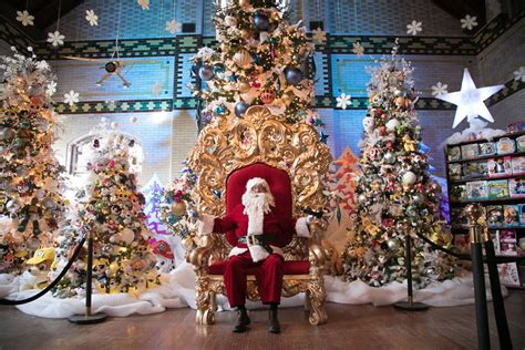best place to see holiday lights kingston ontario in toronto top things to do for the holidays tourism toronto