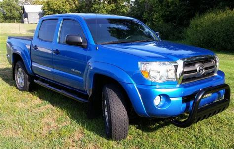 2010 Toyota Tacoma Photos