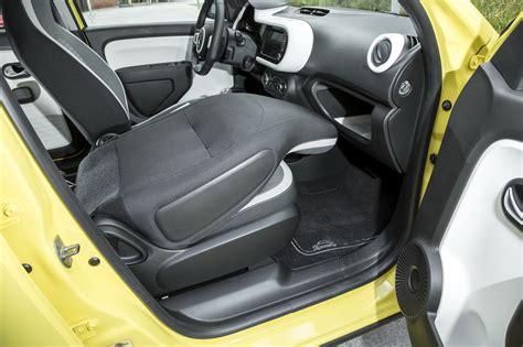 peut on mettre 3 siege auto dans une voiture nouvelle renault twingo iii 2014 premières