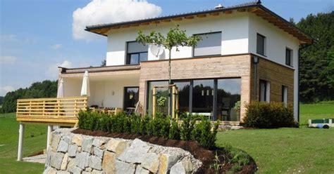 Moderne Häuser Innenausstattung by Haus Modern Fassade Holz Und Suche H 228 User