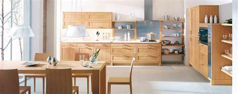cuisine chene clair contemporaine cuisine moderne ambiance nature galerie et cuisine chene