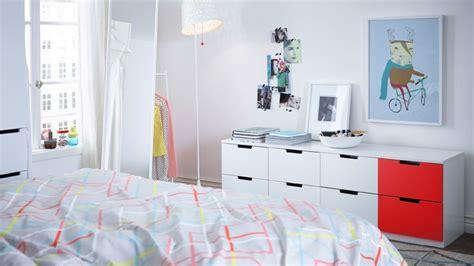 meuble bas chambre comment agrandir visuellement une chambre