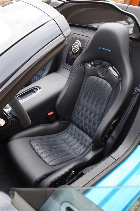 Bugatti chironunfortunately i could only film the inside movie in the. 2013 Bugatti Veyron 16.4 Grand Sport Vitesse First Drive - Motor Trend