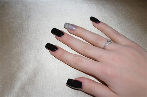 Fall Manicure Opi Lincoln Park After Dark & Which Is Witch