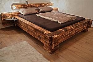 Extra Hohes Bett : balkenbett mount everest extra hoch mit nachttischen aus metall ~ Markanthonyermac.com Haus und Dekorationen