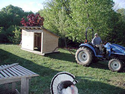 images  farm goat shelters  pinterest