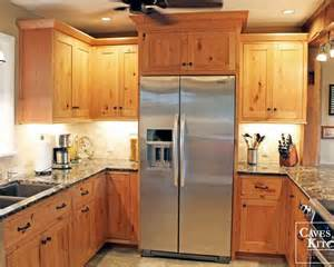 pine kitchen furniture 25 best ideas about knotty pine kitchen on