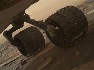 Wheel treads break on Curiosity rover - SpaceFlight Insider