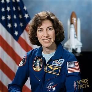 Ellen Ochoa - First Latina Astronaut | Notable Latinas ...