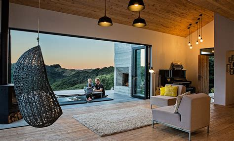 New Zealand's Backcountry Huts Inspired This Breezy, Open