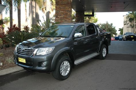 Review Toyota Hilux by 2013 Toyota Hilux Review Caradvice