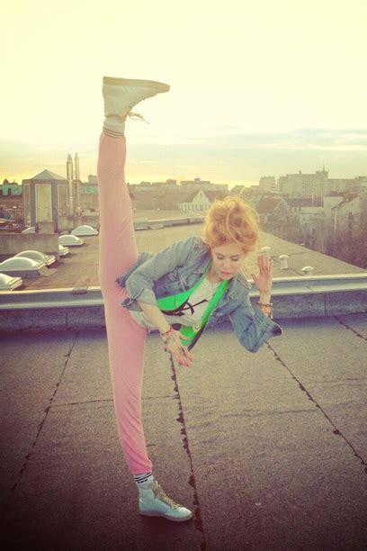 dehnuebungen fuer diesen spagat tanzen ballett dehnen