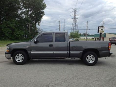 Find Used 2002 Chevy Siverado 1500 Ls Extended Cab In