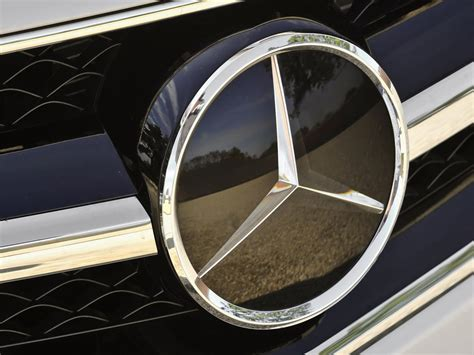 Mercedes BenzCar : Mercedes Logo, Mercedes-benz Car Symbol Meaning And
