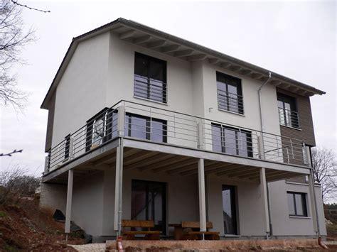 Einfamilienhaus Modern Holzhaus Satteldach Eckfenster