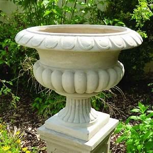 The Garden Feature Company Barkestone Urn Stone 33cm