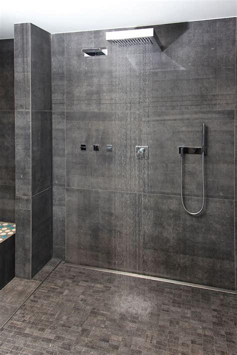 Dusche Ohne Abtrennung by Die Gro 223 E Offene Dusche Im Wellnessbereich L 228 Dt Nach Der