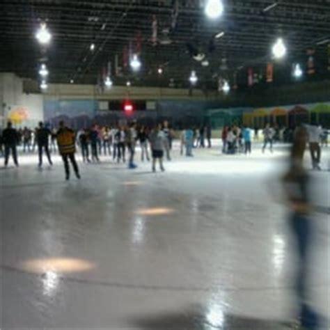 Hammock Skating Rink by Kendall Arena Skating Rinks Miami Fl Yelp