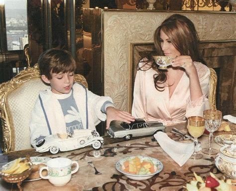 melania trump donald wives table children barron many manners son mrs president al had bad eating elbows trumps etiquette 2nd