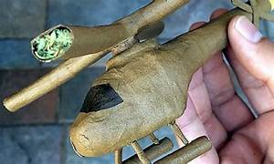 Guy Gets Famous Rolling Ridiculous Blunts