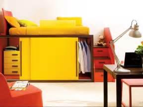kleiderschrank kinderzimmer weiß hochbett mit stauraum unter bett inklusive kleiner kleiderschrank für kinder hochbett