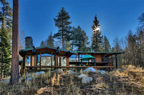 whitney houstons  bodyguard house listed   million lake tahoe glamour