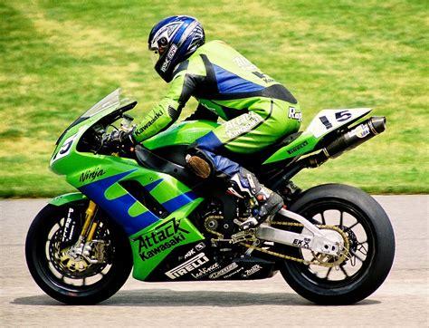 Beat Road Race by Modifikasi Honda Beat Gaya Road Race Thecitycyclist
