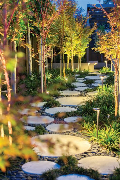 Designs For Backyard by 10 Landscaping Ideas For Using Stepping Stones In Your
