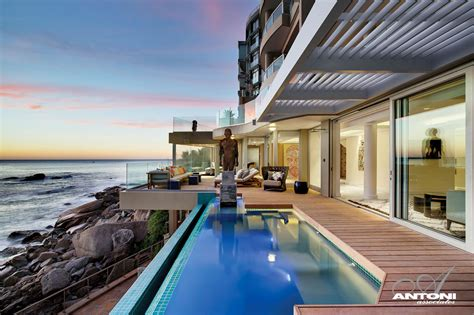 House With Stunning Views In Cape Town, South Africa :  Clifton View Mansion By Antoni Associates