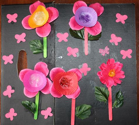 kids love craft mothers day cards  fake flower petals