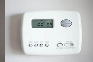Radiateur Electrique Avec Thermostat : thermostat fil pilote fonctionnement branchement ooreka ~ Edinachiropracticcenter.com Idées de Décoration