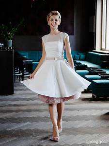Küss Die Braut Preise : k ss die braut emmie kuss weddings blog guides reviews and lists of lovely bridal things ~ Eleganceandgraceweddings.com Haus und Dekorationen