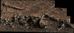 Curiosity rover eyes prominent mineral veins on Mars ...