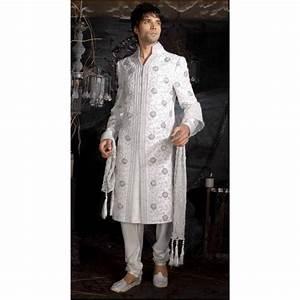 Tenue Indienne Homme : acheter sherwani tenue indienne de mari blanche brod e pour homme ~ Teatrodelosmanantiales.com Idées de Décoration