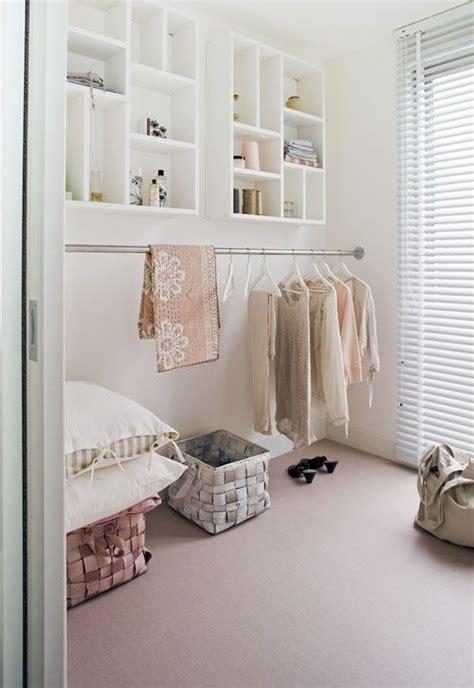 Regale Für Begehbaren Schrank by Wie K 246 Nnen Sie Einen Begehbaren Kleiderschrank Selber