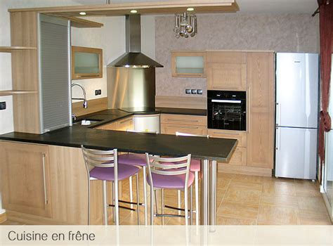 cuisine contemporaine bois massif cuisine contemporaine en bois massif maison design