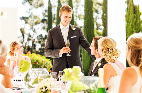 bad wedding toasts   nightmare   give  speech