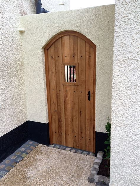 Oak Gothic Gate   The Wooden Workshop   Oakford, Devon