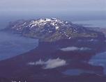 8 reasons to visit Arctic destinations Svalbard and Jan Mayen