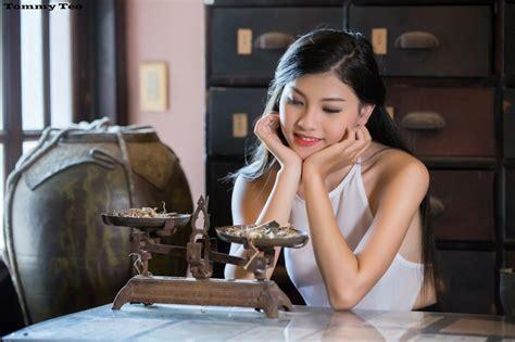 Bộ ảnh Cô Lang Y (full Hd) đang Gây Bão Mạng Xã Hội