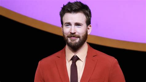 Chris Evans Had A Pretty Great Response To Accidentally ...