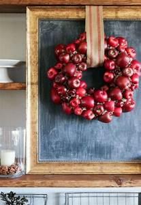 Pomme Rouge Deco : couronne de porte avec des pommes dans l 39 esprit de l 39 automne ~ Teatrodelosmanantiales.com Idées de Décoration