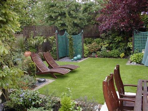house and garden uk дизайн невеличкого саду з відпочинковою зоною 40 фото