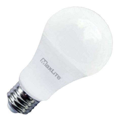 Maxlite Lighting by Maxlite 30906 9a19dled27 G5 A19 A Line Pear Led Light