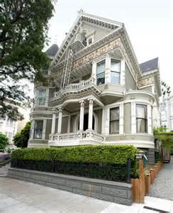 Landmark San Francisco Victorian Houses
