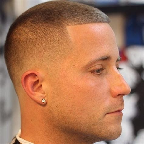 mohawk hairstyle  man   hairstyles trend