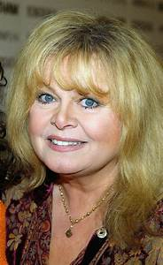 Sally Struthers Breaks Leg  Will Miss Rest Of  U0026 39 Annie U0026 39  In Maine