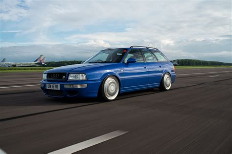Bmw M3 E30 Audi Rs2 by Dledmv Rotiform Audi Rs2 Bmw M3 E30 13 De L Essence Dans