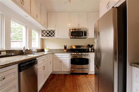 white kitchen cabinets with stainless steel appliances 25 kitchens with stainless steel appliances 2213