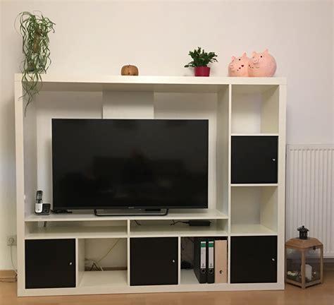 Ikea Fernsehschrank Weiss by Tv Schrank Geschlossen Tv Schrank Geschlossen Rege